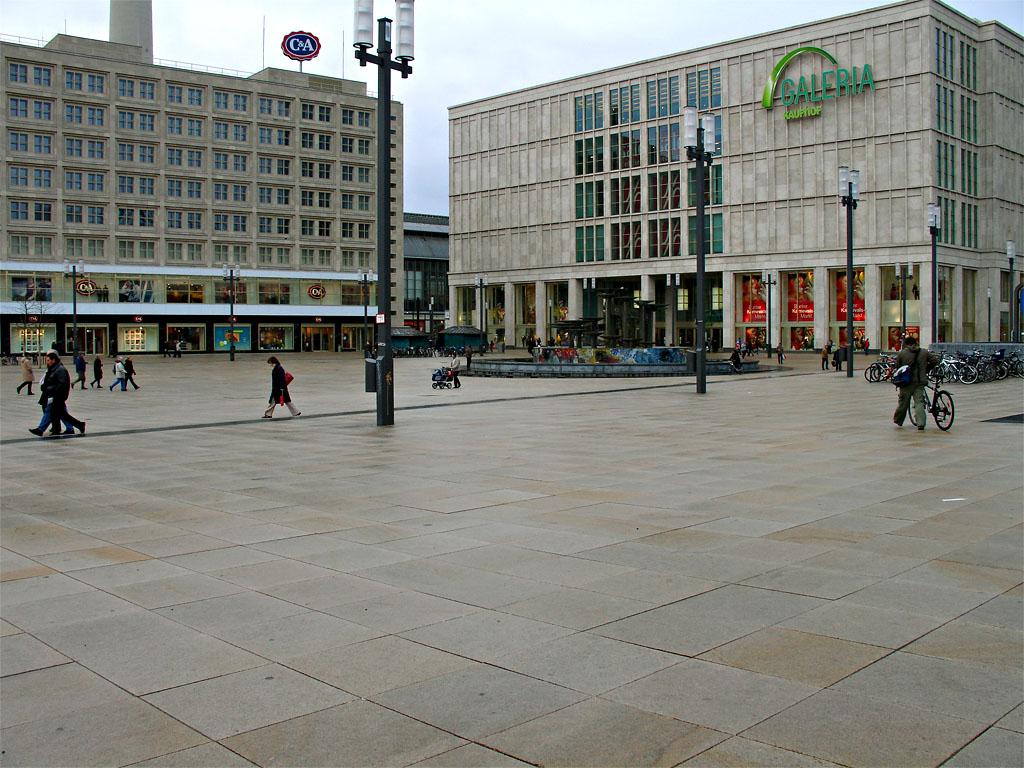 berlin-kaufhof.JPG