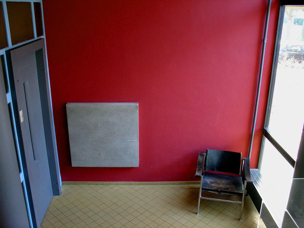 corbu_rouge_suisse_3.jpg