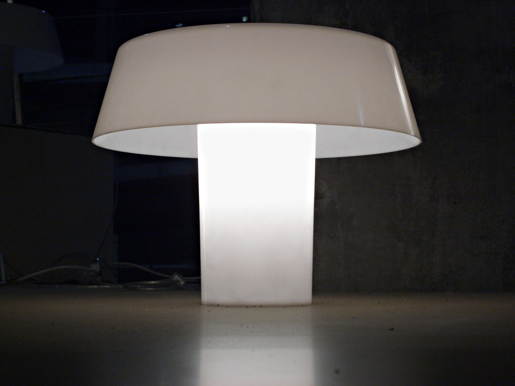 Jlggbblog 183 Design Remarqu 233 Une Lampe Minimaliste
