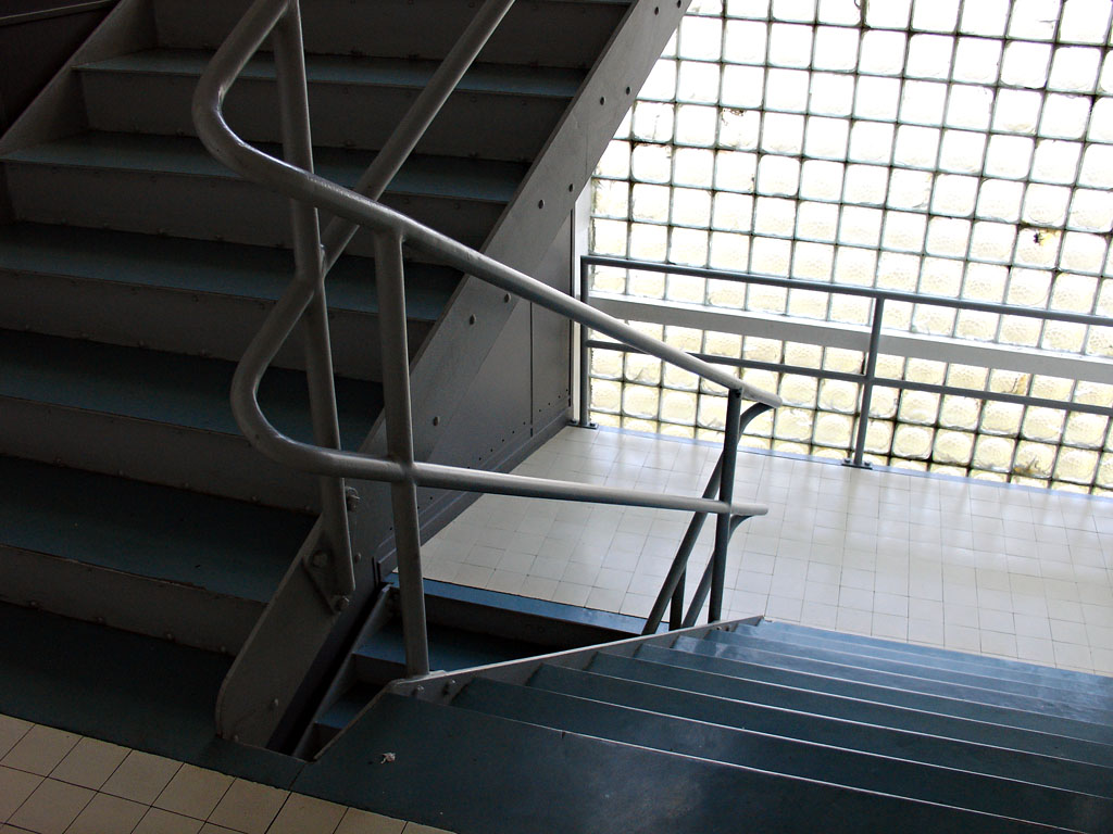 fondation_suisse_escalier