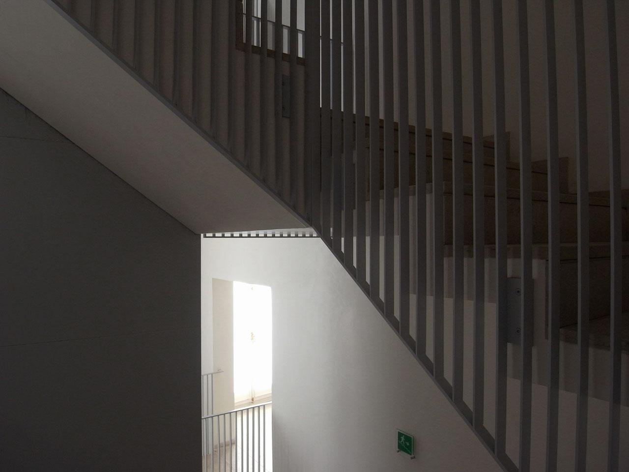 grassi-escalier