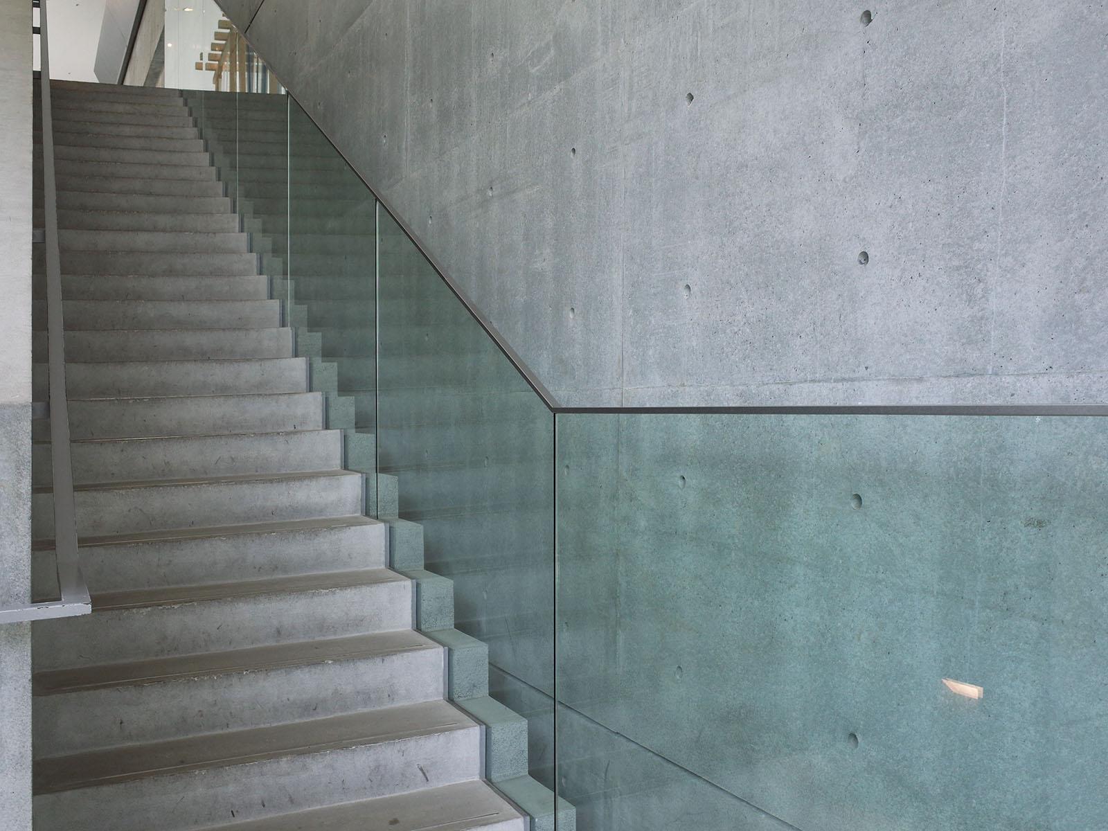 21_21 escalier