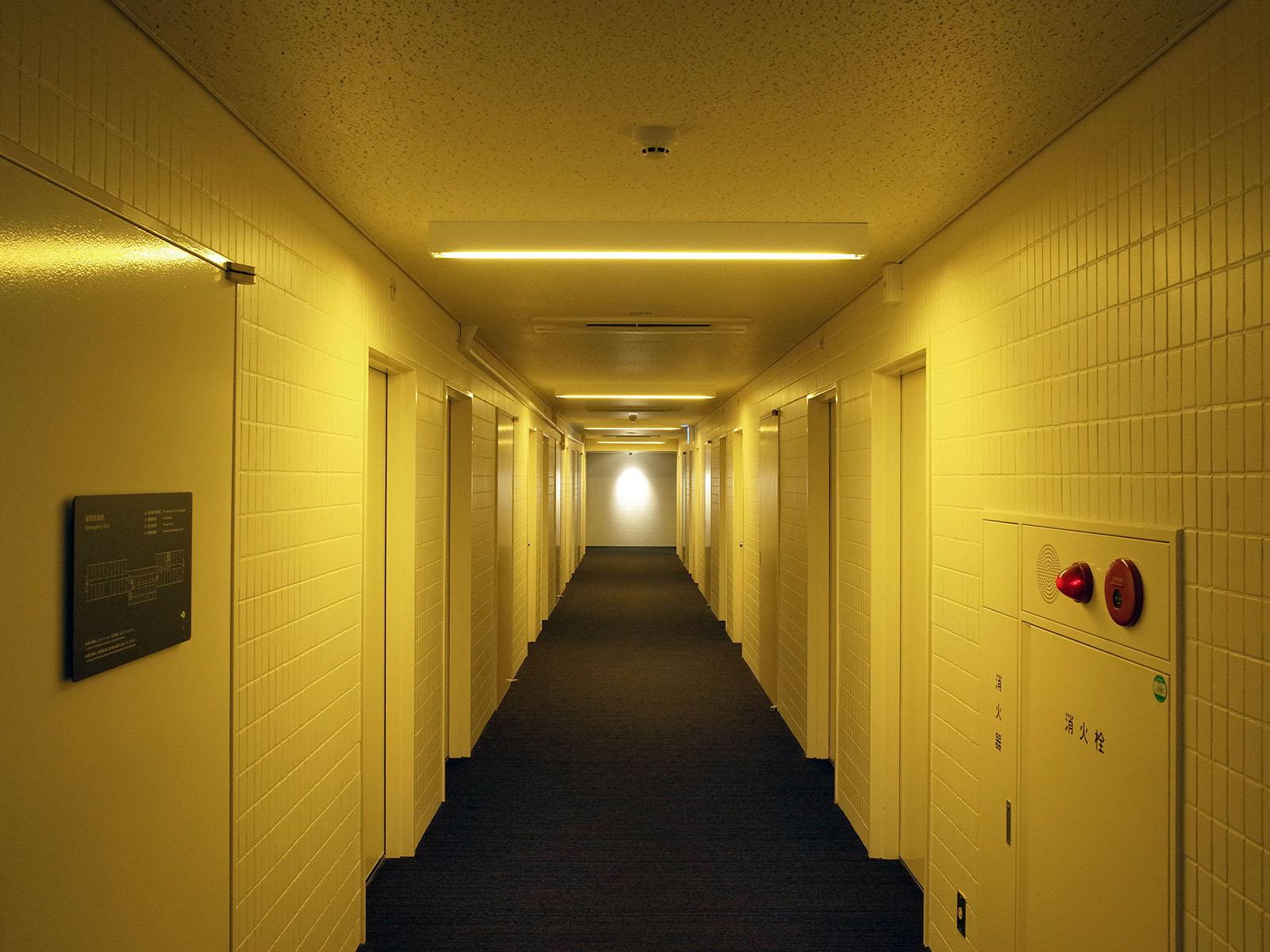 anteroom couloir 4e