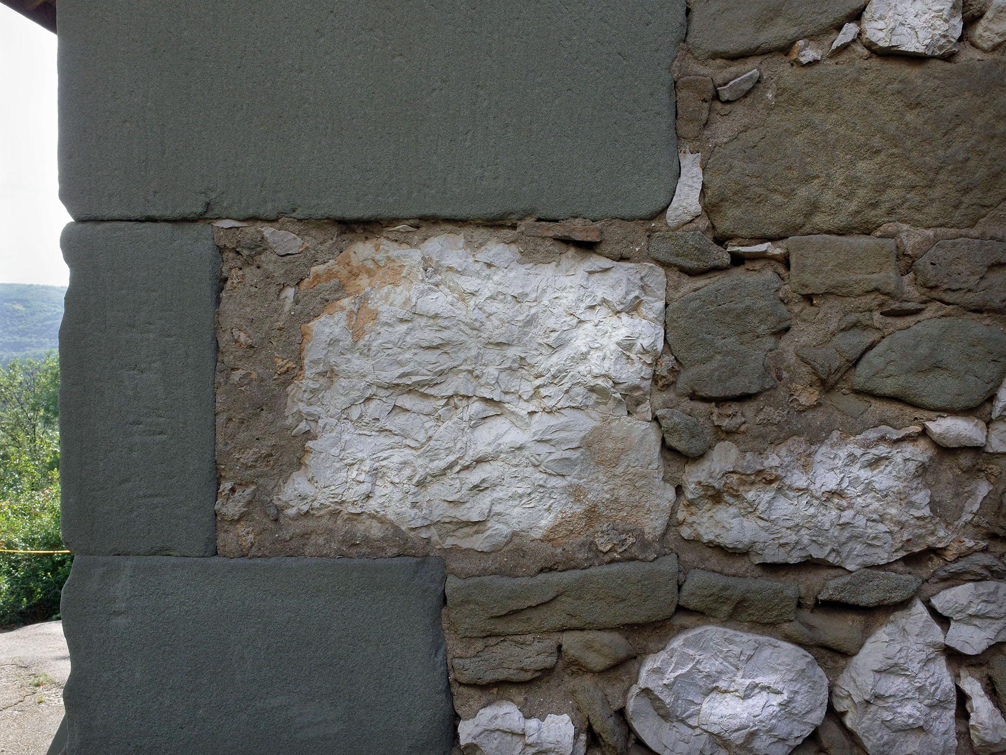 molasse mur chevignieu