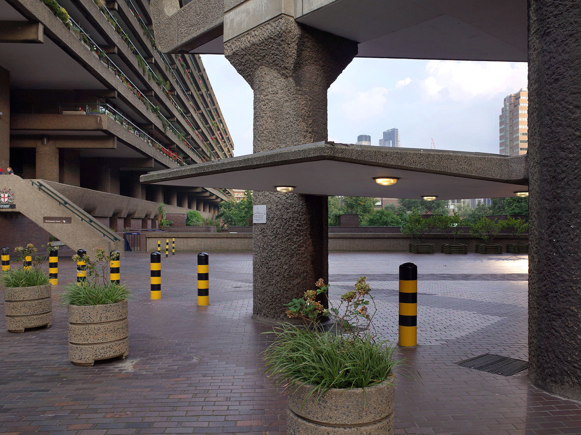 barbican centre auvent