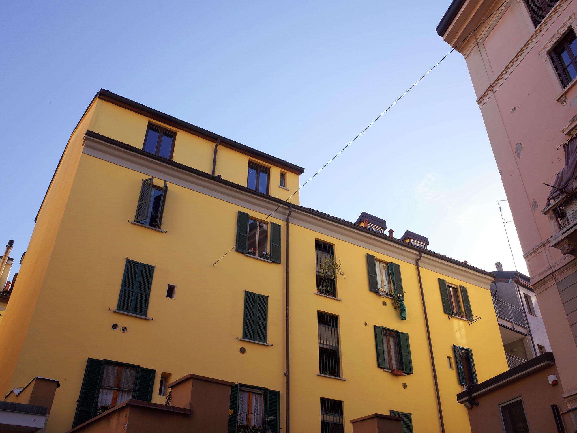 milan maison jaune 2015